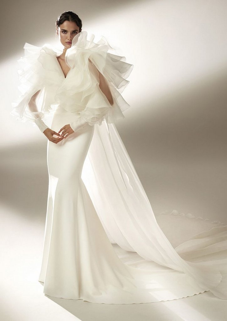 Collection of wedding dresses Atelier Pronovias 2021 photo # 17