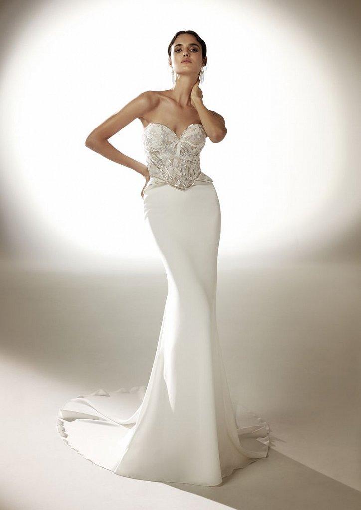 Collection of wedding dresses Atelier Pronovias 2021 photo # 21