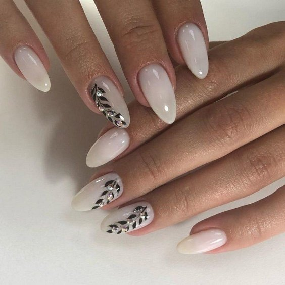 Milk manicure - a fashion trend from Instagram photo # 22