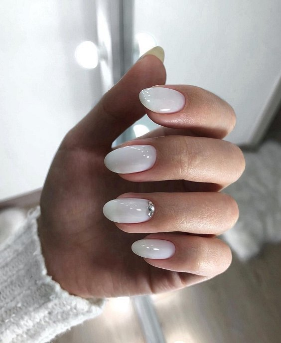 Milk manicure - a fashion trend from Instagram photo # 20