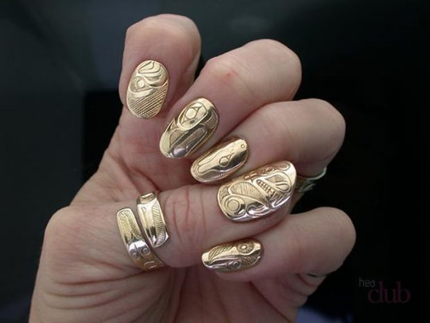 gold textured
