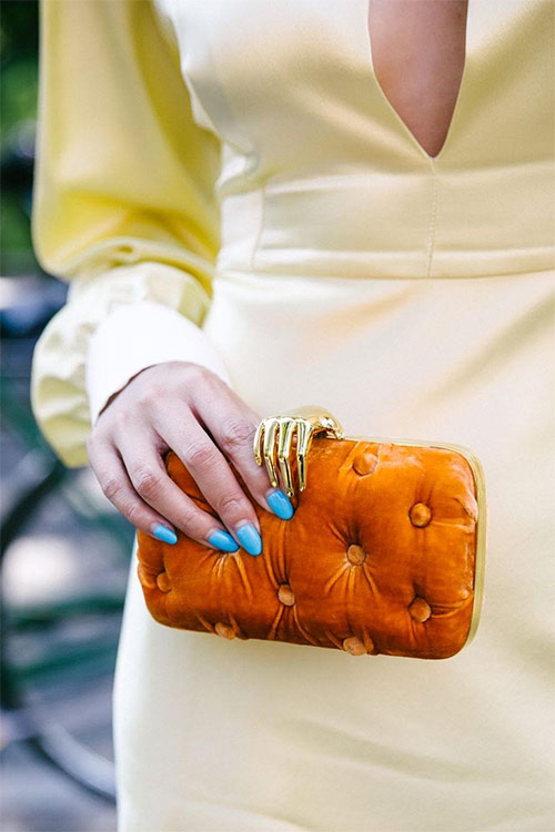 A stylish clutch will change your everyday look for an evening one