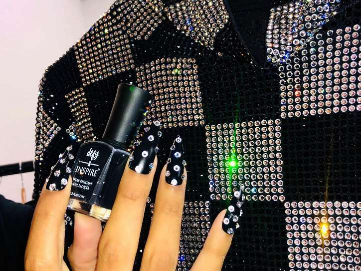 Fashionable manicure spring-summer 2021: trends and novelties photo # 2