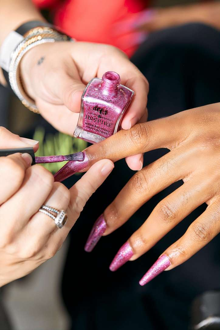 Fashionable manicure spring-summer 2021: trends and novelties photo # 12