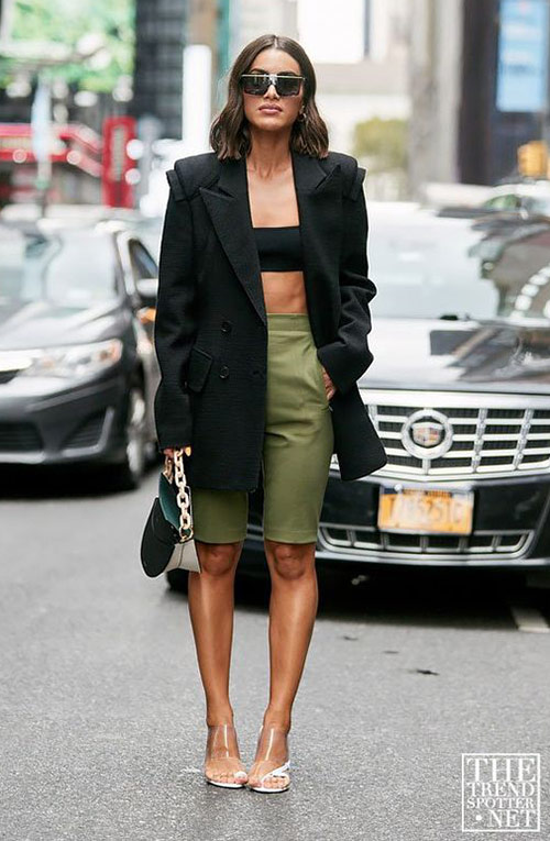Crop top combined with bicycles and a jacket