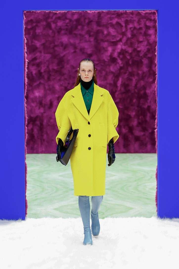 Prada collection autumn-winter 2021-2022 photo # 11