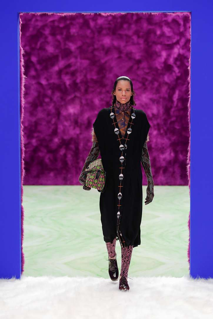 Prada collection autumn-winter 2021-2022 photo # 13