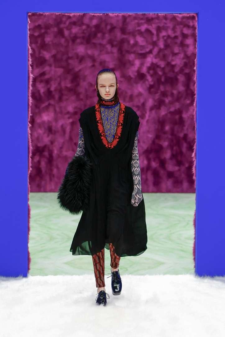 Prada collection autumn-winter 2021-2022 photo # 24