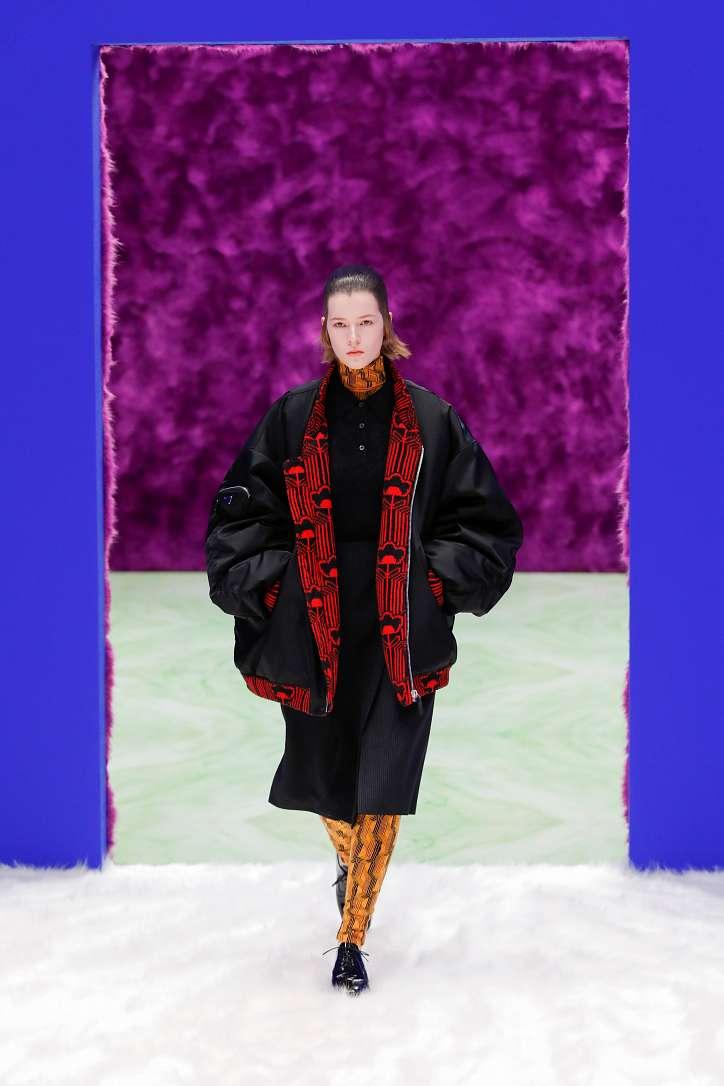 Prada collection autumn-winter 2021-2022 photo # 21