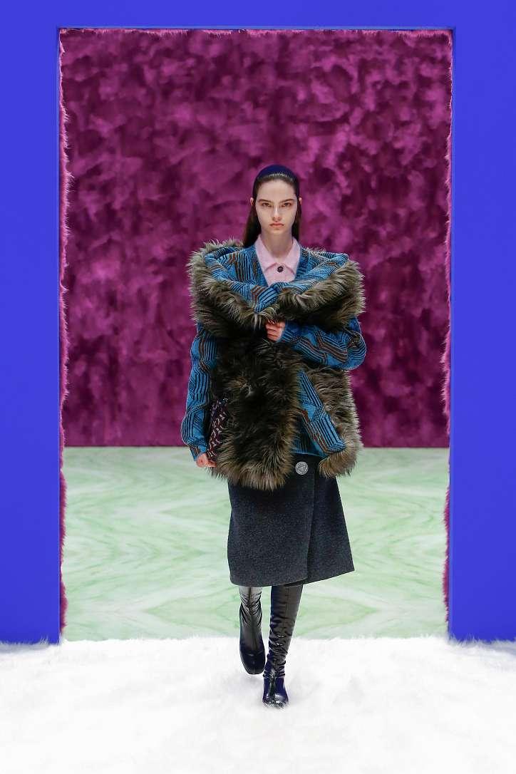 Prada collection autumn-winter 2021-2022 photo # 20