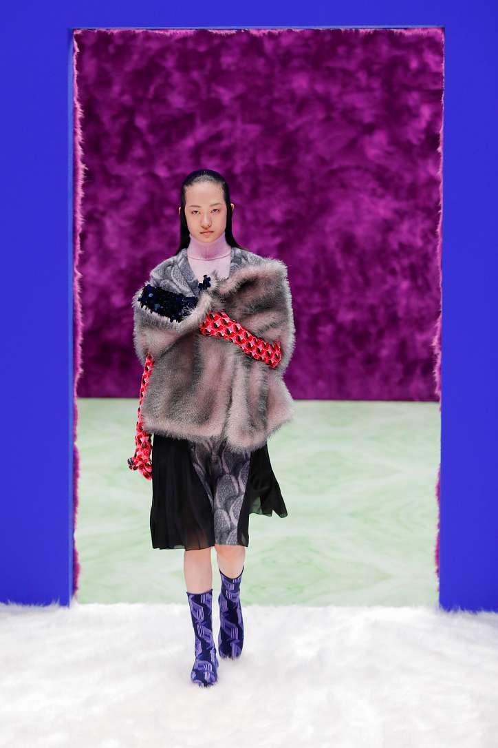 Prada collection autumn-winter 2021-2022 photo # 26
