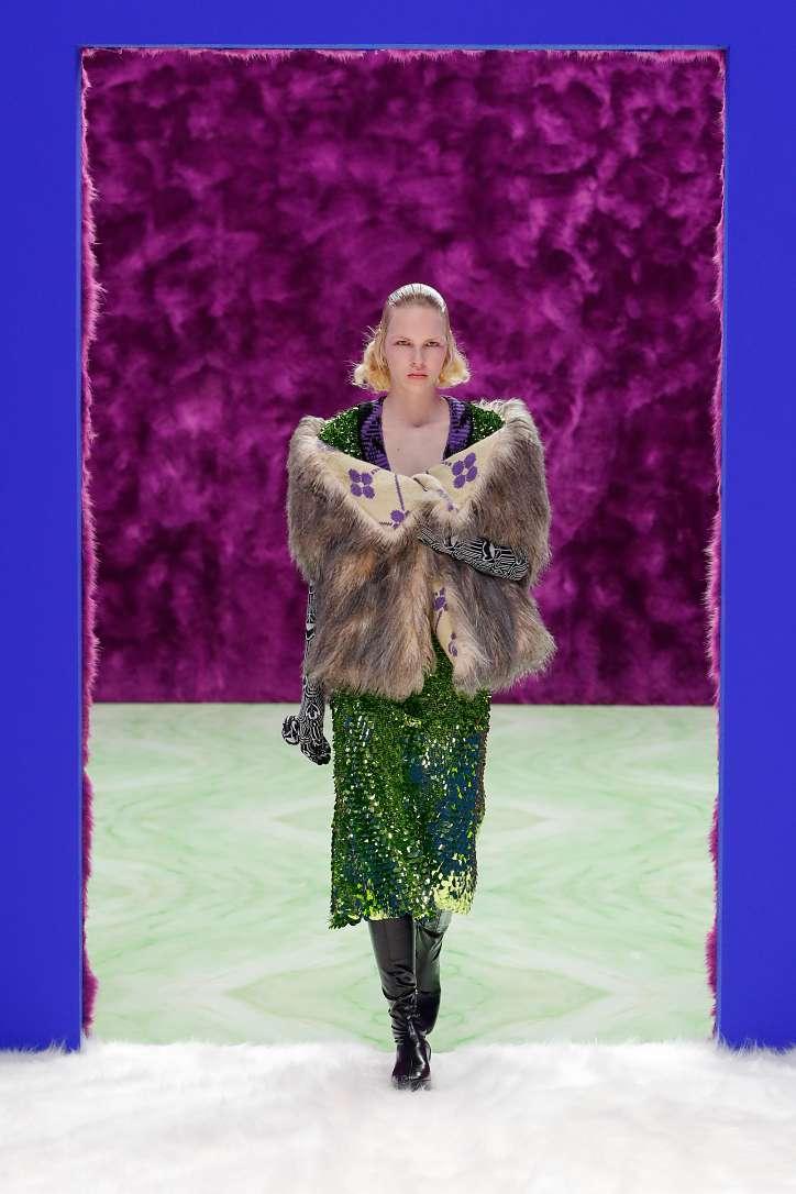 Prada collection autumn-winter 2021-2022 photo # 32