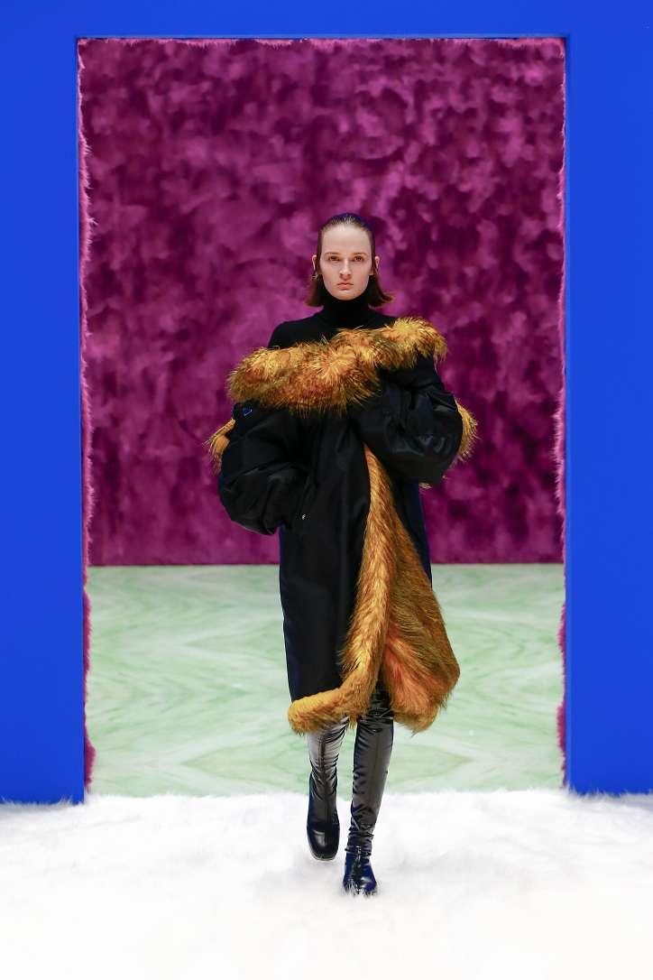 Prada collection autumn-winter 2021-2022 photo # 31