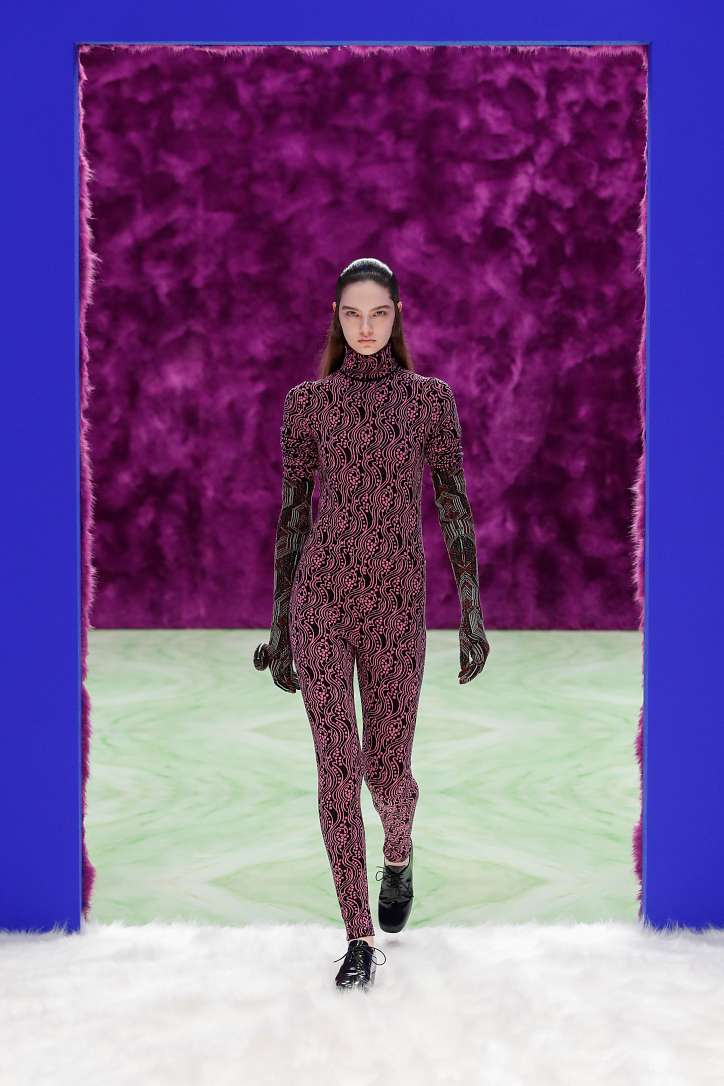 Prada collection autumn-winter 2021-2022 photo №43