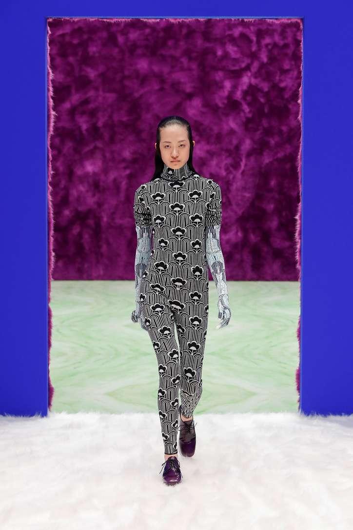 Prada collection autumn-winter 2021-2022 photo # 42