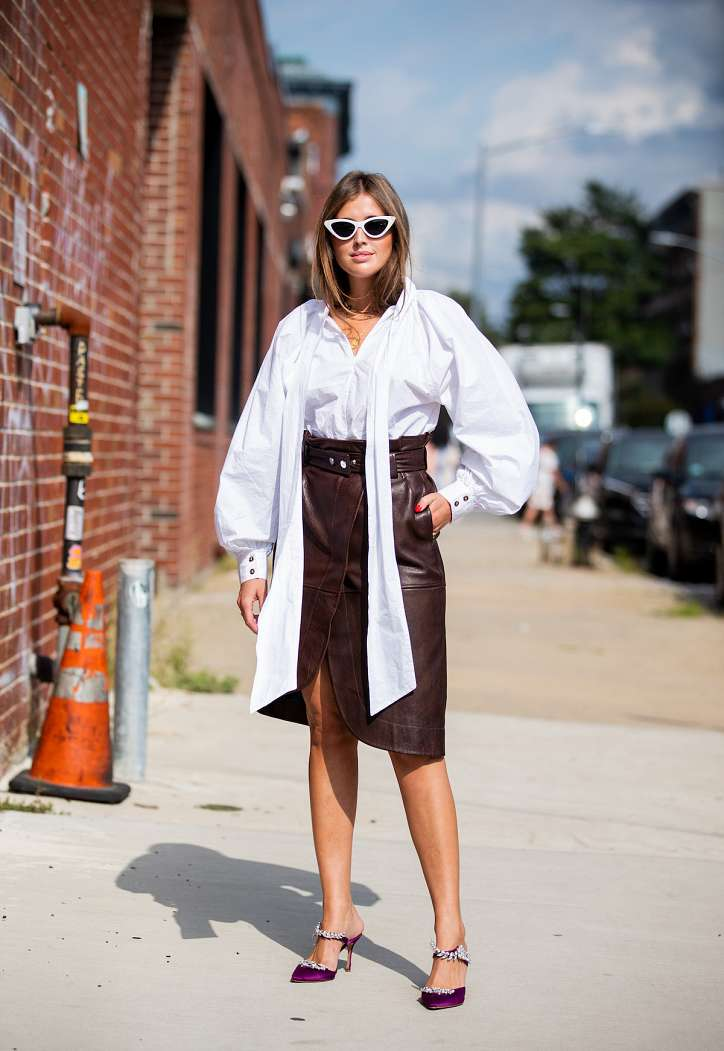 How to wear a white shirt: 10 fashionable images photo # 5