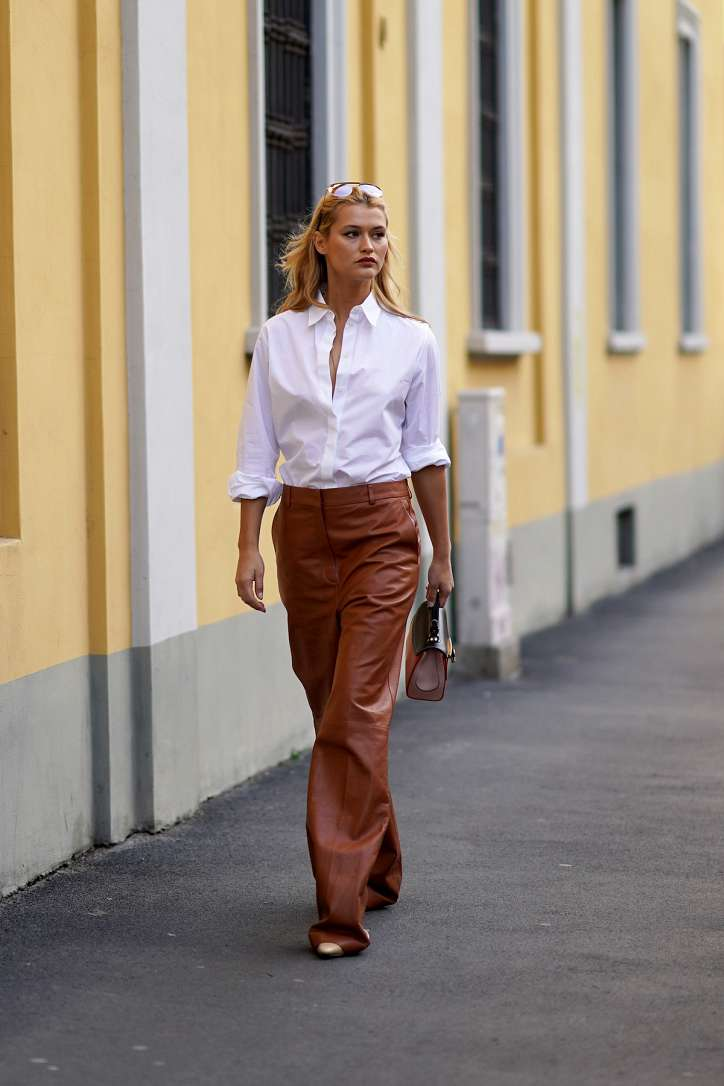 How to wear a white shirt: 10 fashionable images photo # 6