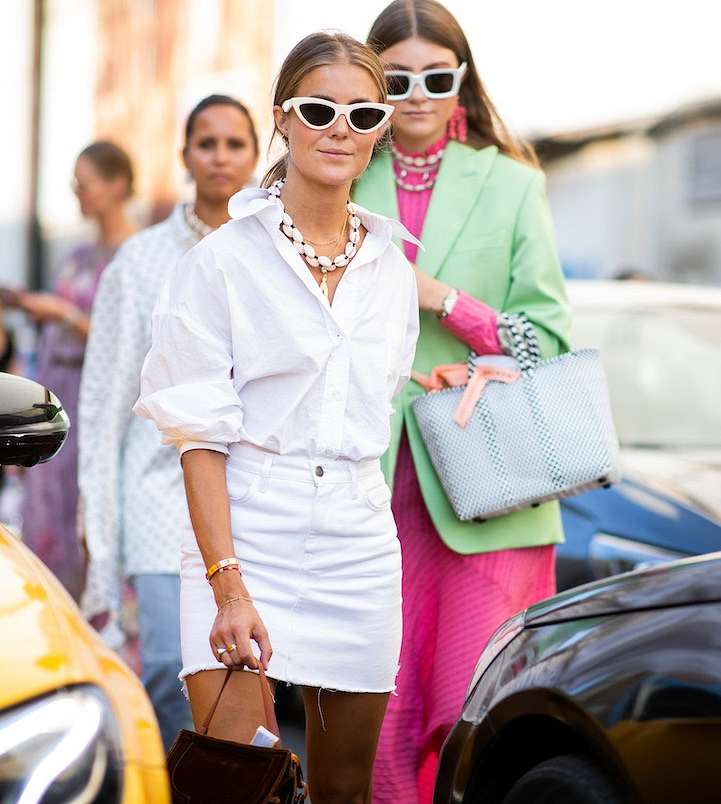 How to wear a white shirt: 10 fashionable images photo # 10