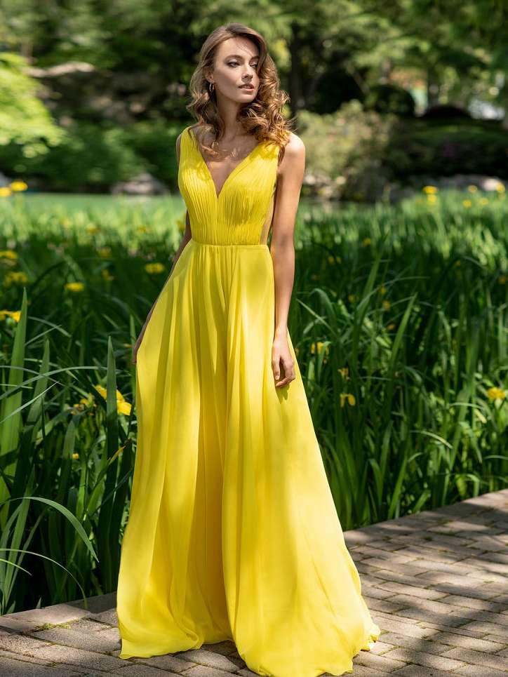 Evening dresses Pronovias 2021 photo # 5