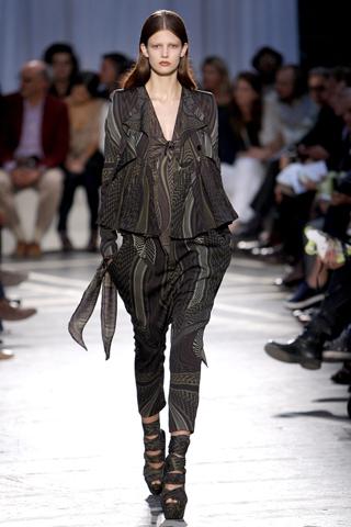 Givenchy breeches spring-summer 2010