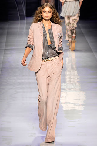 trouser suit from Etro spring 2010