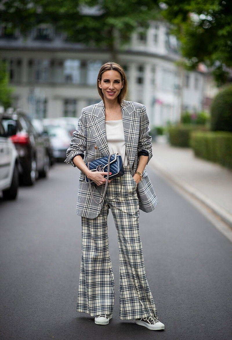with what to wear women's pants in the fall