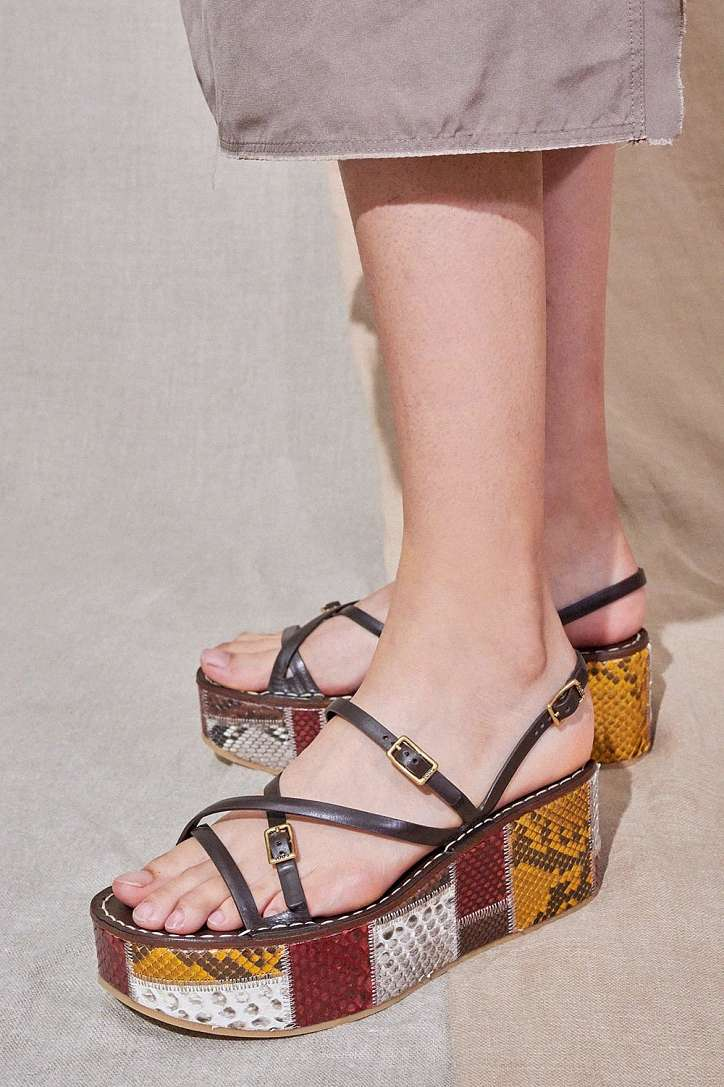 The most fashionable summer sandals: 5 main trends photo # 3