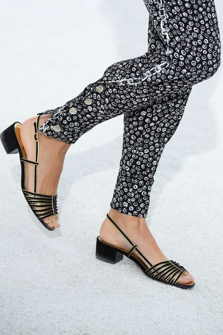 The most fashionable summer sandals: 5 main trends photo # 10