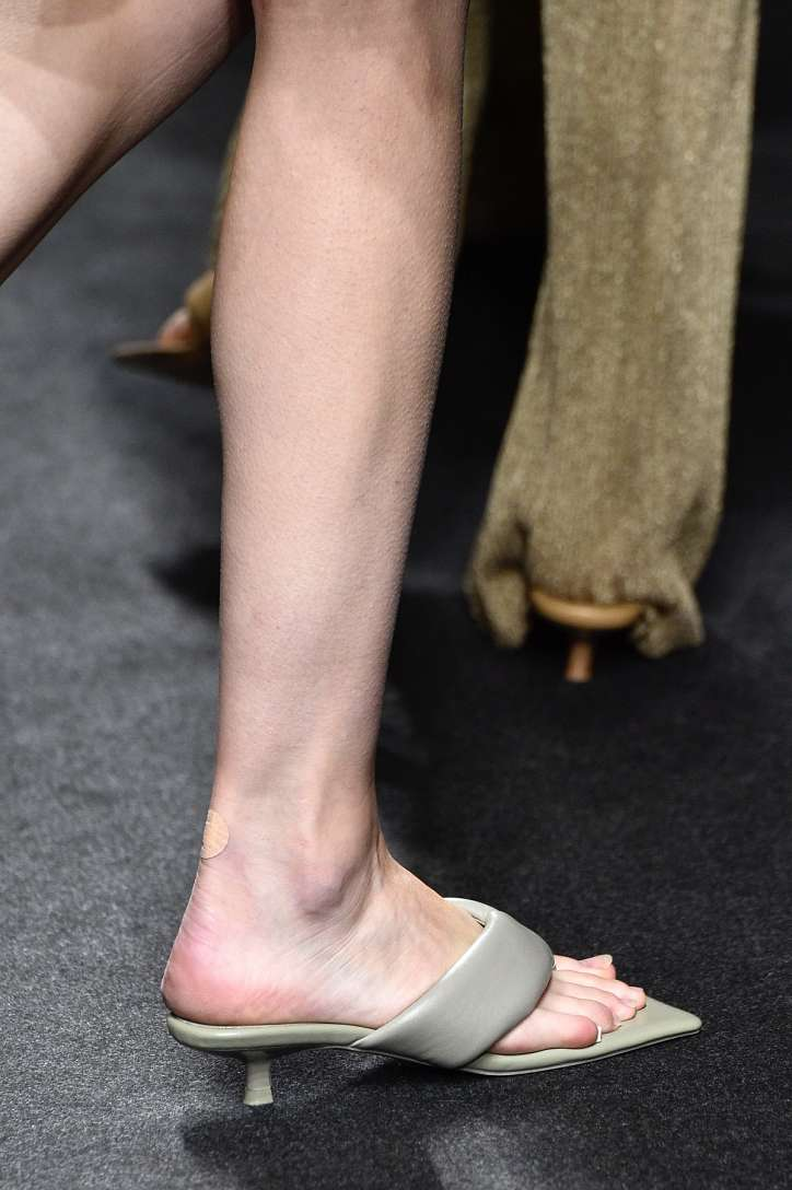 The most fashionable summer sandals: 5 main trends photo # 20