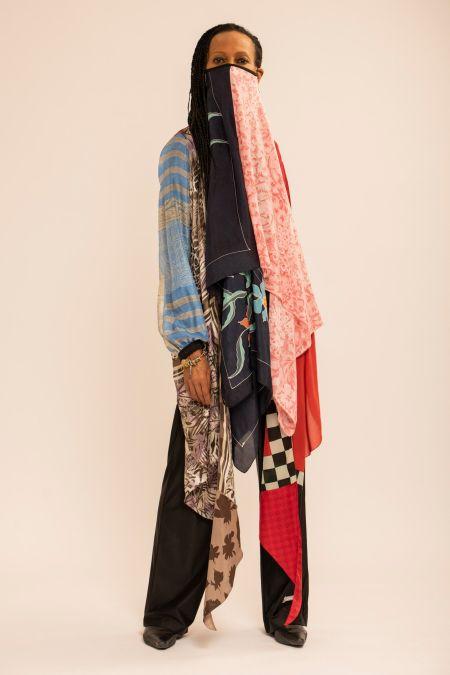 Long face mask made of several shawls