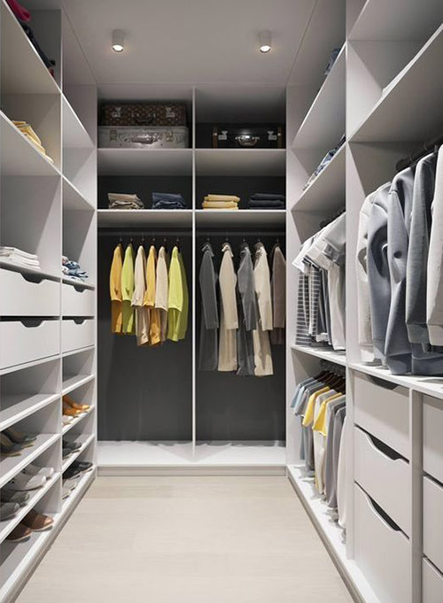 How to disassemble a wardrobe on your own without a stylist