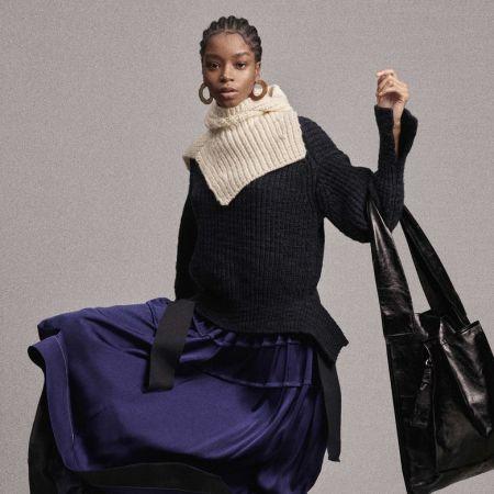 Black tote bag with wide shoulder strap