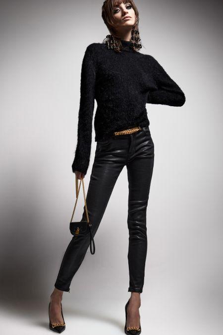 Mini black chain bag
