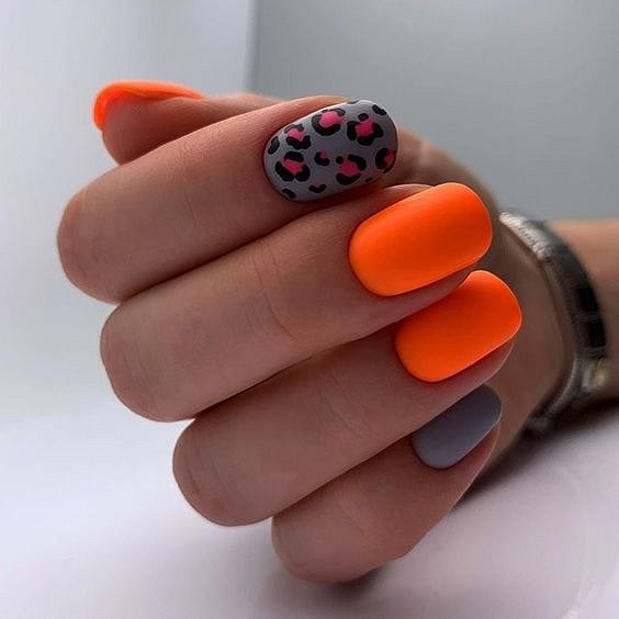 50 ideas of fashionable summer manicure photo # 12