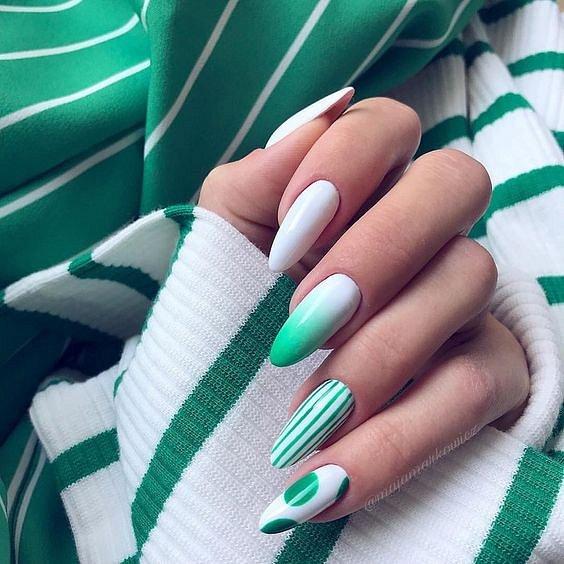 50 ideas of fashionable summer manicure photo # 20
