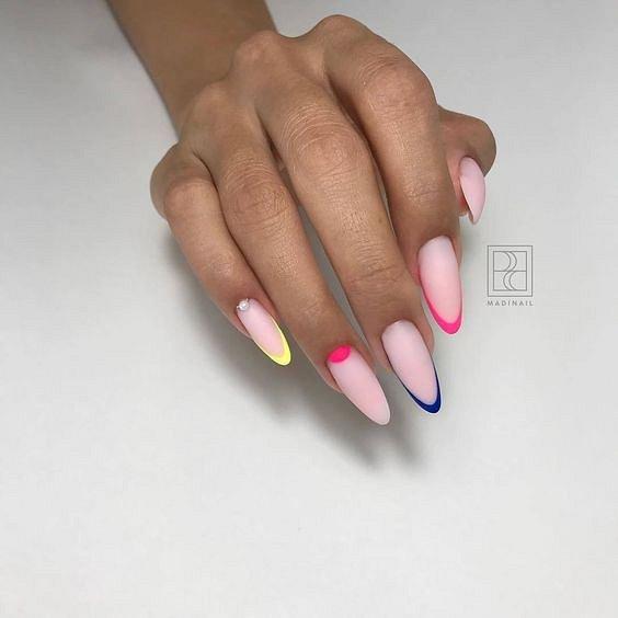 50 ideas of fashionable summer manicure photo # 30