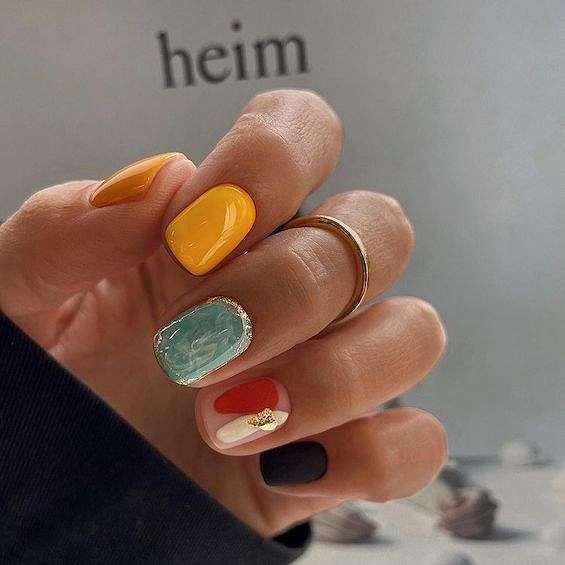 50 ideas of fashionable summer manicure photo # 33