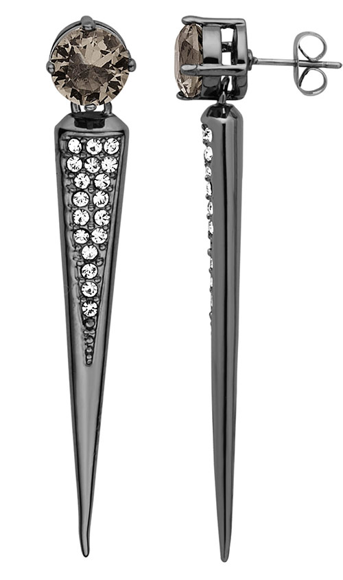 Stiletto earrings add boldness to a strict monochrome look