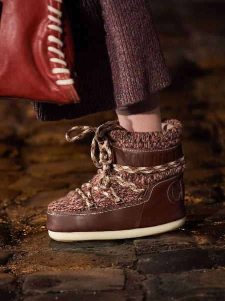 Chloé knitted moon rovers