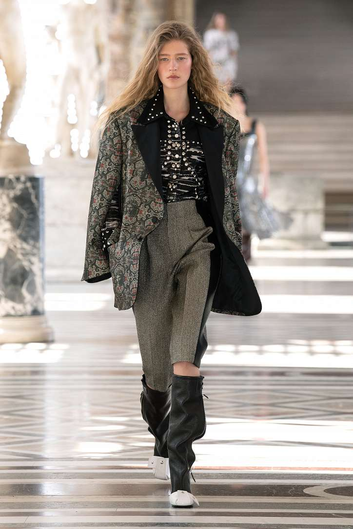 Louis Vuitton collection fall-winter 2021-2022 photo # 6