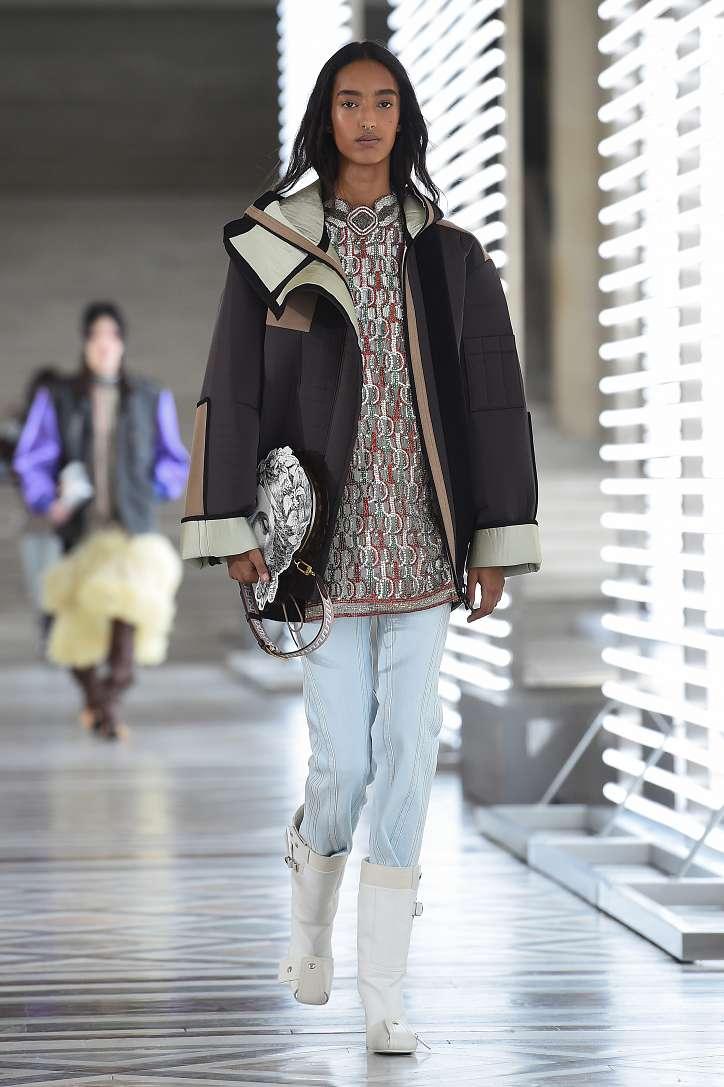 Louis Vuitton collection fall-winter 2021-2022 photo # 14
