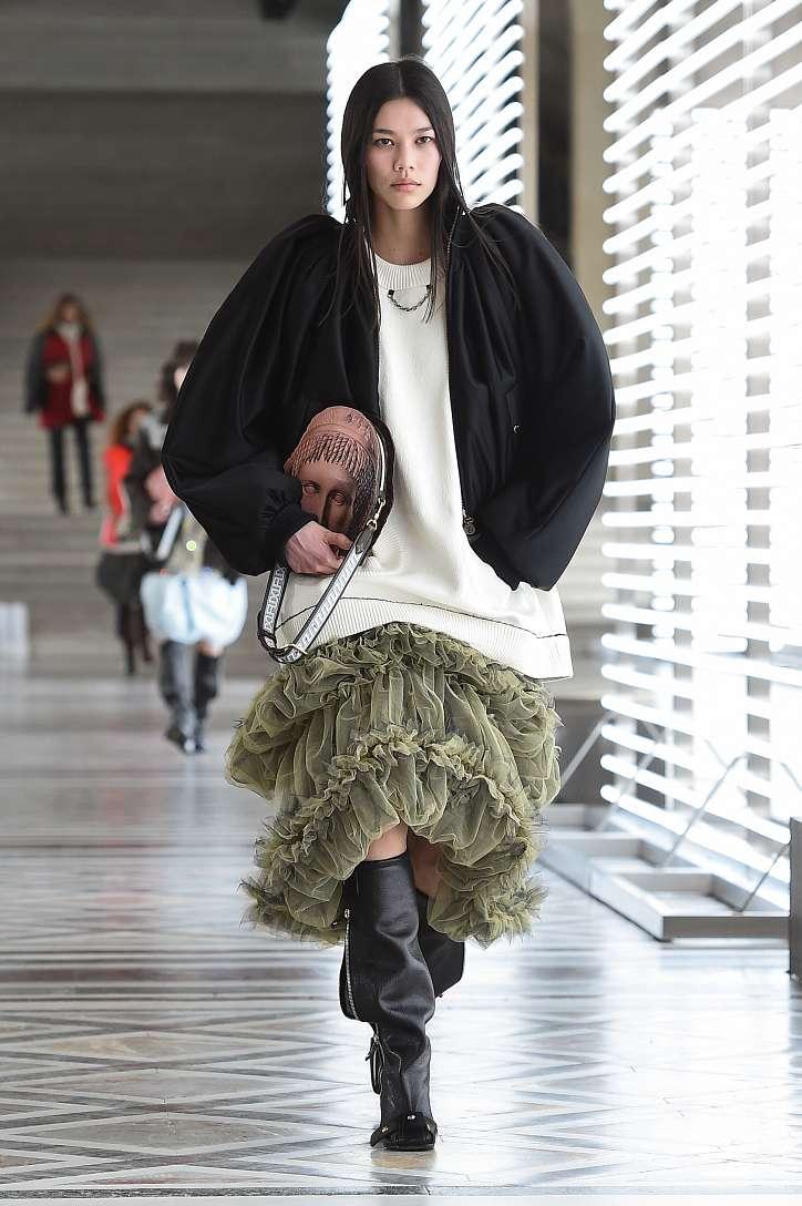 Louis Vuitton collection fall-winter 2021-2022 photo # 12