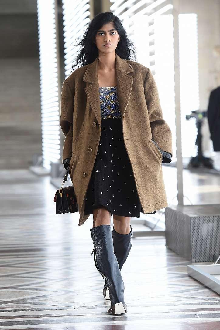 Louis Vuitton collection fall-winter 2021-2022 photo # 16