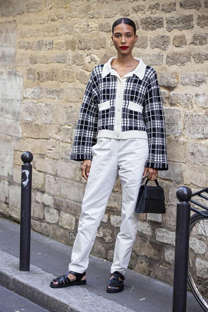 What to wear with white jeans: stylish bows on the note photo # 13