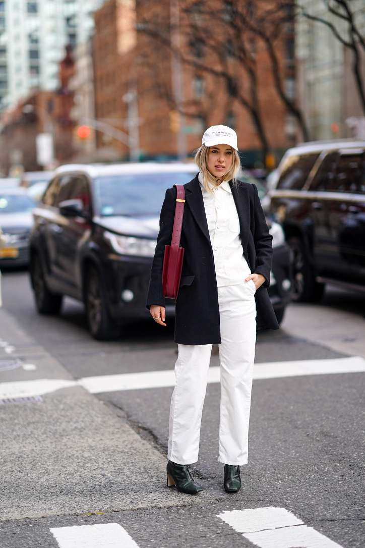 What to wear with white jeans: stylish bows on the note photo # 14