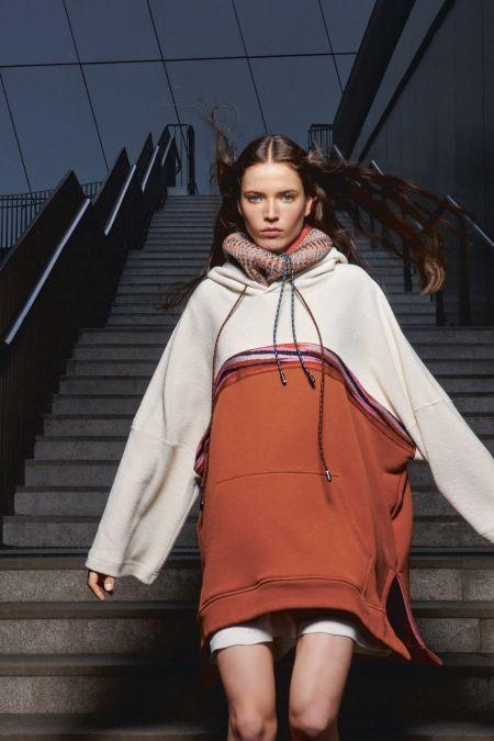 Missoni bicolor sweatshirt dress fall / winter collection