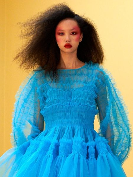 Fashion makeup fall 2021 - mono makeup
