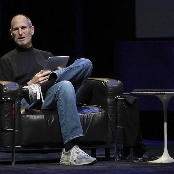 Steve Jobs wore a new balance