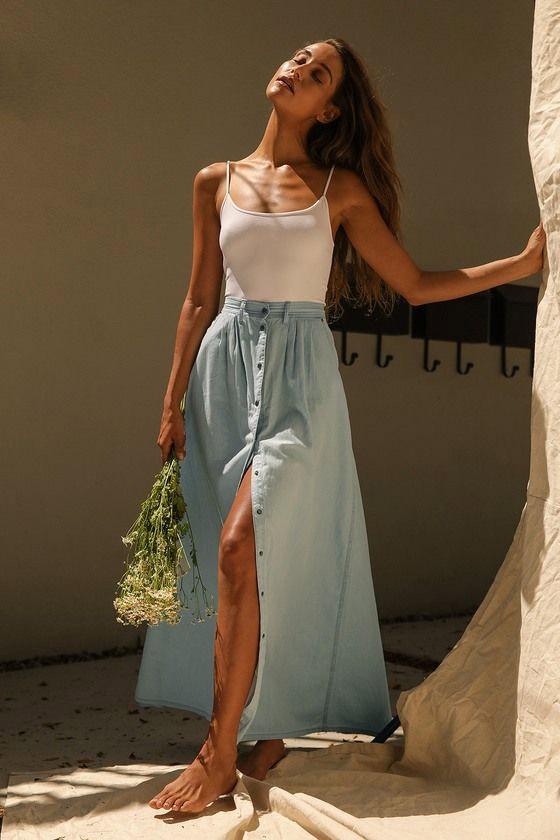 Light blue denim skirt for a boho look